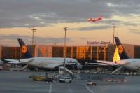 Airport in Frankfurt am Main   Long trip to Australia