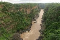 Zambezi river | Zambie on the left site, Zimbabwe on the right site